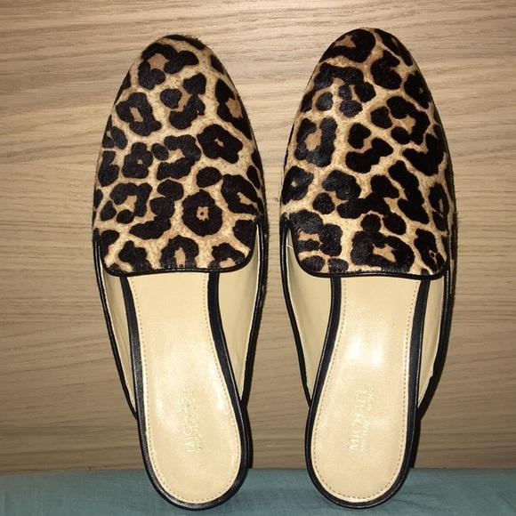 aa34945a26f0 Michael Kors Natasha Leopard Calf Hair Slide. M_5aa57742b7f72b7e1fef65c5